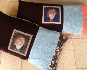 BW cushions 1